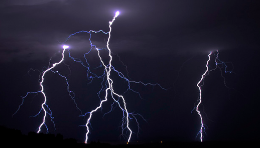news-lightning