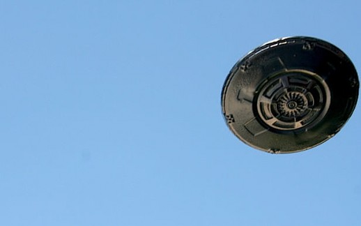 Flying_Saucer